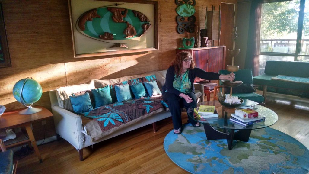 Sophista-Tiki Dawn Frasier in her Tiki modern living room