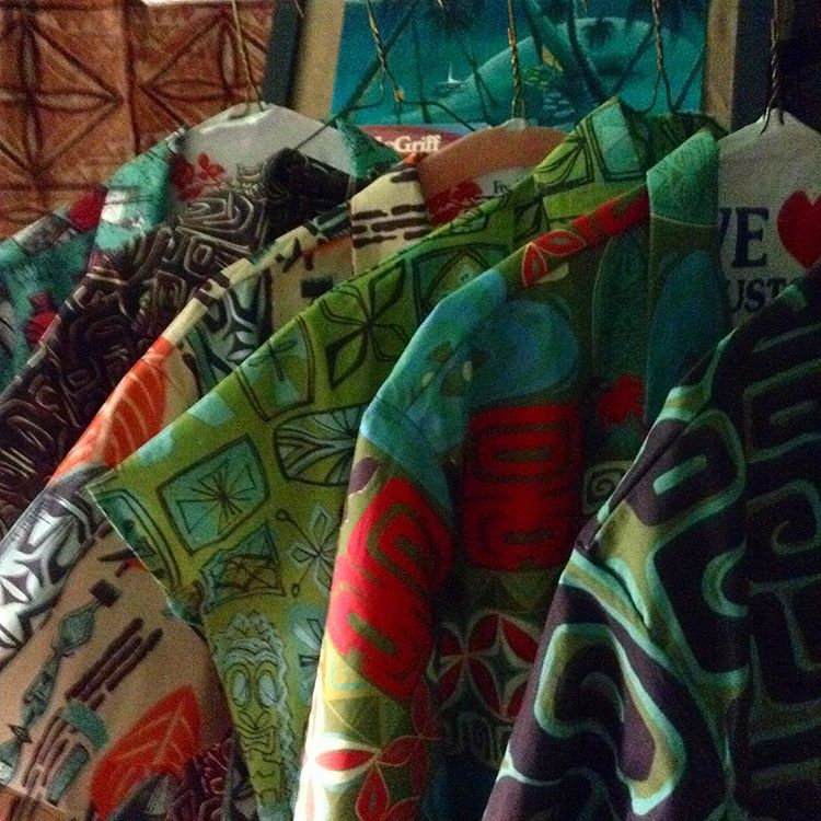 Sophista-Tiki Togs custom made Aloha shirts