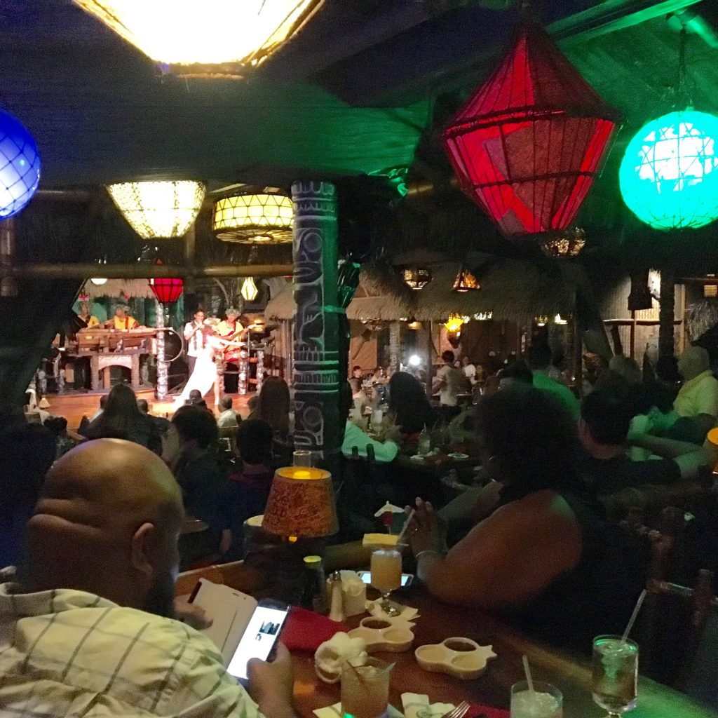 The crowd watching the show at The Mai Kai