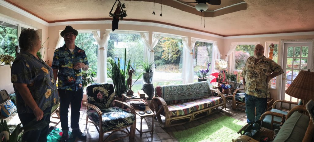 The sun room at The Fuzzy Smudge