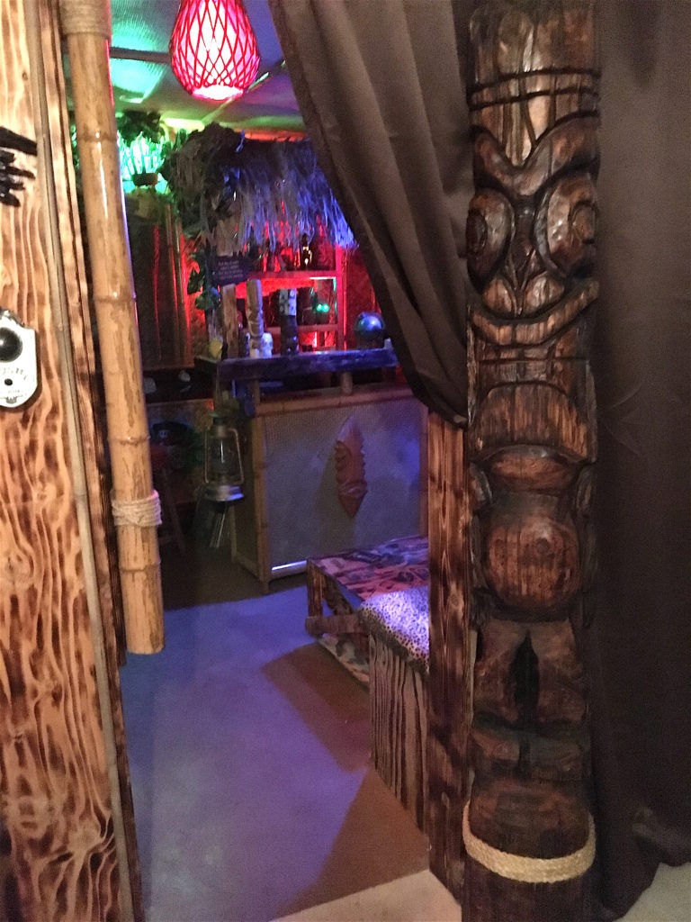 Home tiki bar 14 spotlight toads grog grotto east