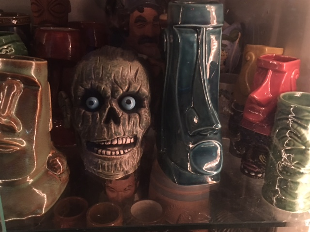 Tiki mugs at The Fuzzy Smudge