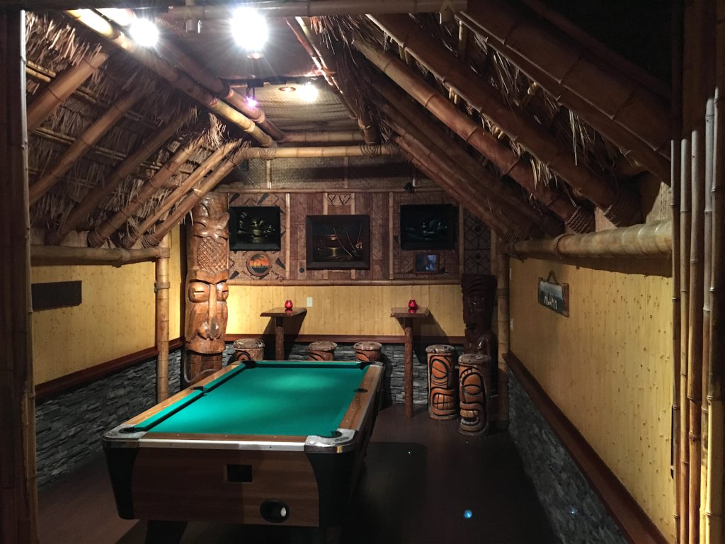 Pool room at The Kona Club