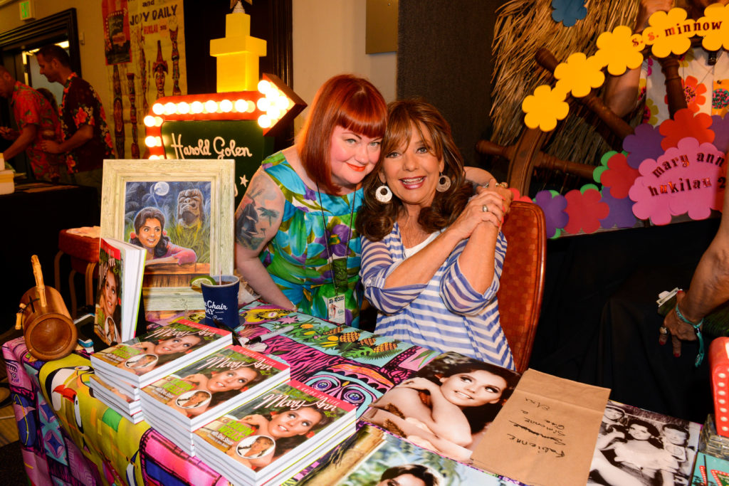Kiliki with Dawn Wells aka Mary Ann