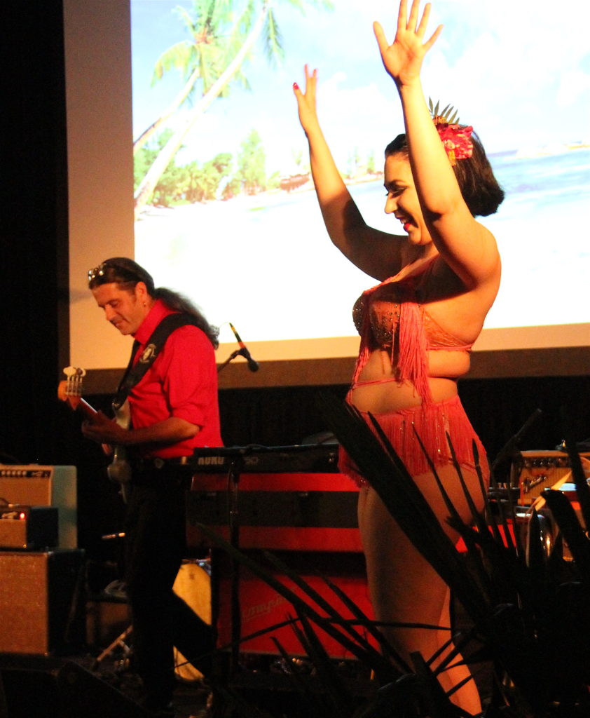 The Delstroyers live at Tiki Kon 2017 Caribbean Castaway Day One